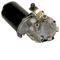 a front windshield wiper motor